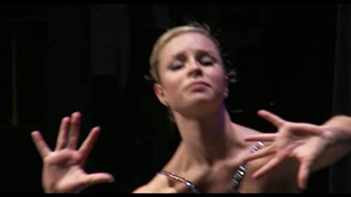 A documentary that follows six young dancers as they prepare for the Youth America Grand Prix.