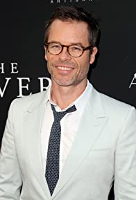 Primary photo for Guy Pearce