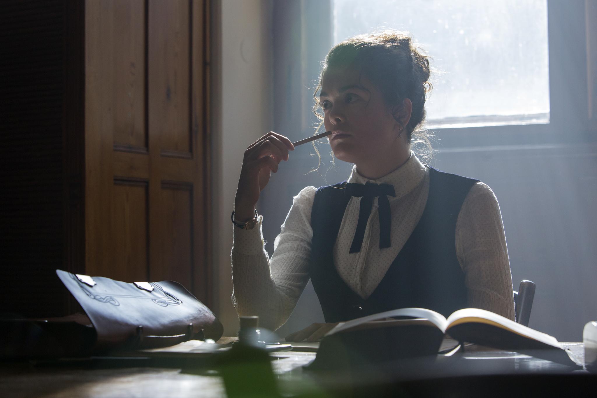Samantha Colley in Genius (2017)