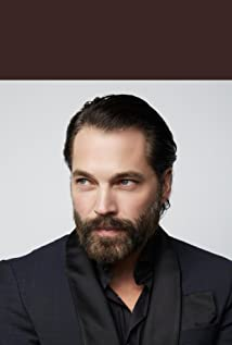 Tim Rozon Picture
