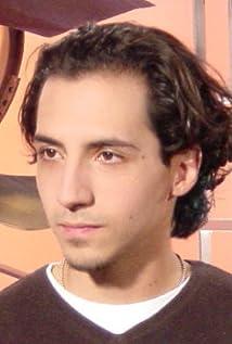 Luis Salinas Picture