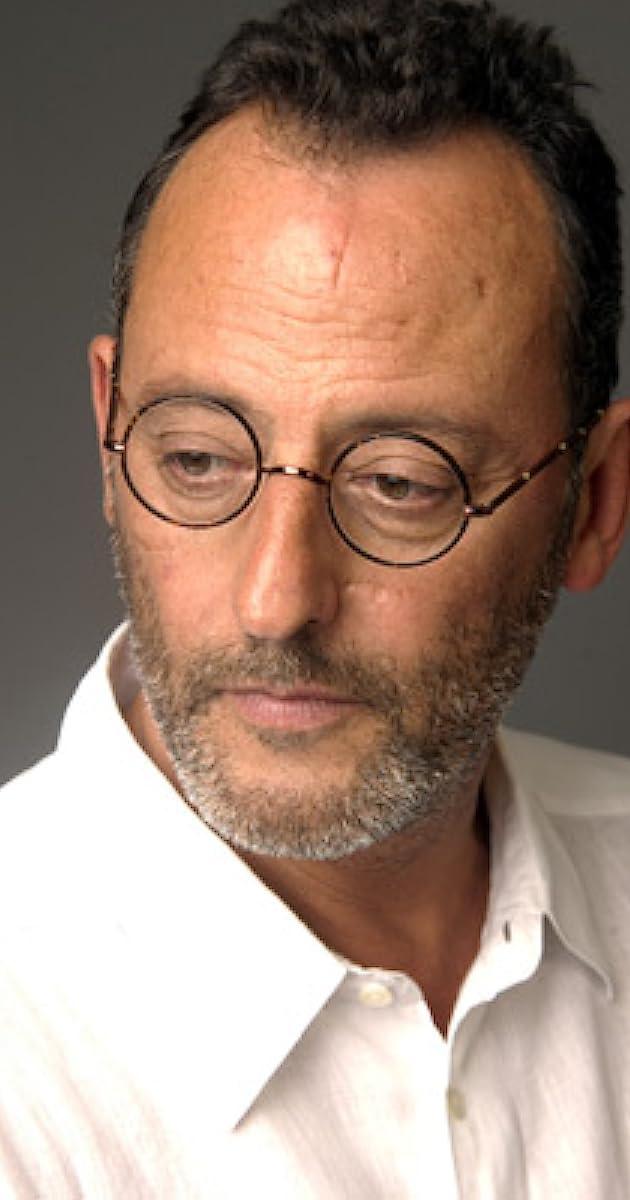 Actor Oscar Wears Glasses