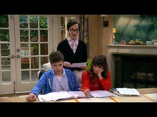 COMEDY: Melissa & Joey - ABC Family