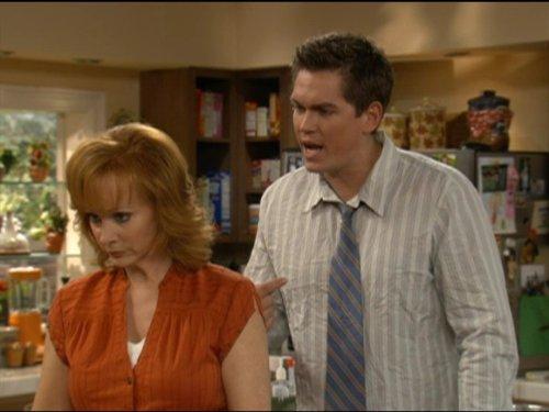 Reba McEntire and Steve Howey in Reba (2001)