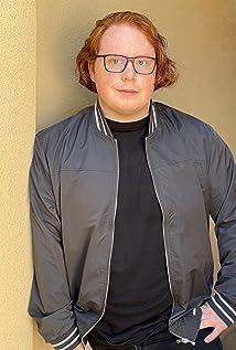Tucker Albrizzi Picture