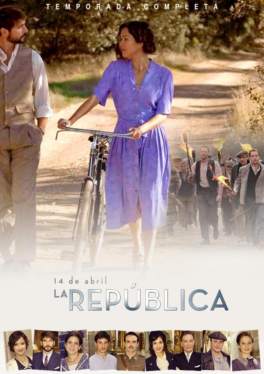 Verónica Sánchez and Félix Gómez in 14 de abril. La República (2011)