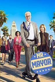Holly Hunter, Ted Danson, Bobby Moynihan, Kyla Kenedy, Mike Cabellon, and Vella Lovell in Mr. Mayor (2021)