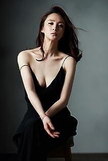 Qinqin Jiang Picture