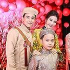 Vi Van Hua, Diem My, Khang Trong, and Duy Khanh at an event for Chay Di Roi Tinh (2016)