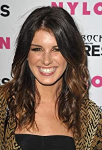Primary photo for Shenae Grimes-Beech