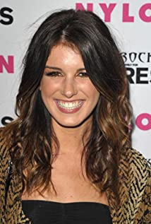 Shenae Grimes-Beech Picture