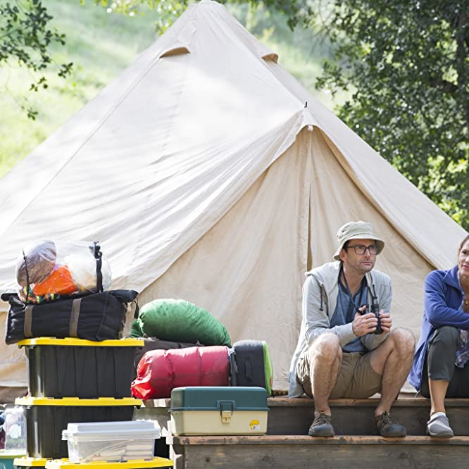 Jennifer Garner and David Tennant in Camping (2018)