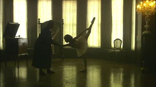 This is the theatrical trailer for Ballet Shoes, directed by  Sandra Goldbacher.
