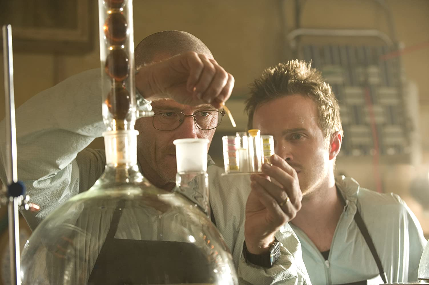 Bryan Cranston and Aaron Paul in Breaking Bad (2008)
