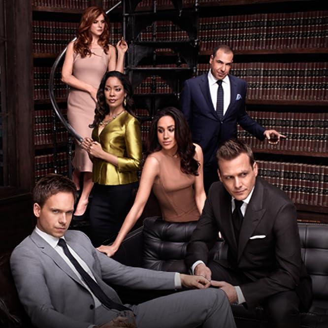 Rick Hoffman, Gabriel Macht, Gina Torres, Patrick J. Adams, Sarah Rafferty, and Meghan Markle in Suits (2011)