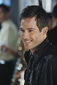 Primary photo for Luke Macfarlane