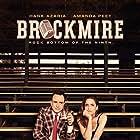 Hank Azaria and Amanda Peet in Brockmire (2017)