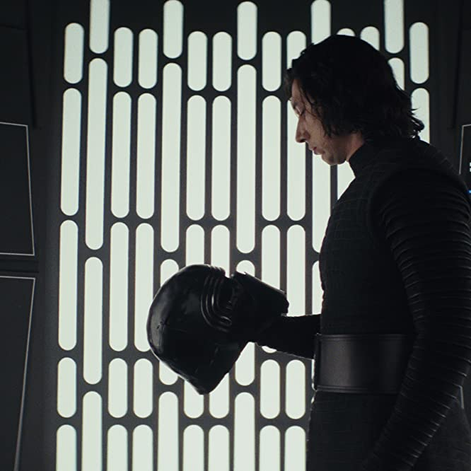 Adam Driver in Star Wars: Episode VIII - The Last Jedi (2017)