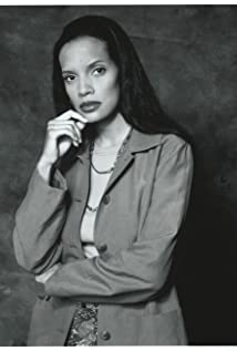 Shari Headley Picture