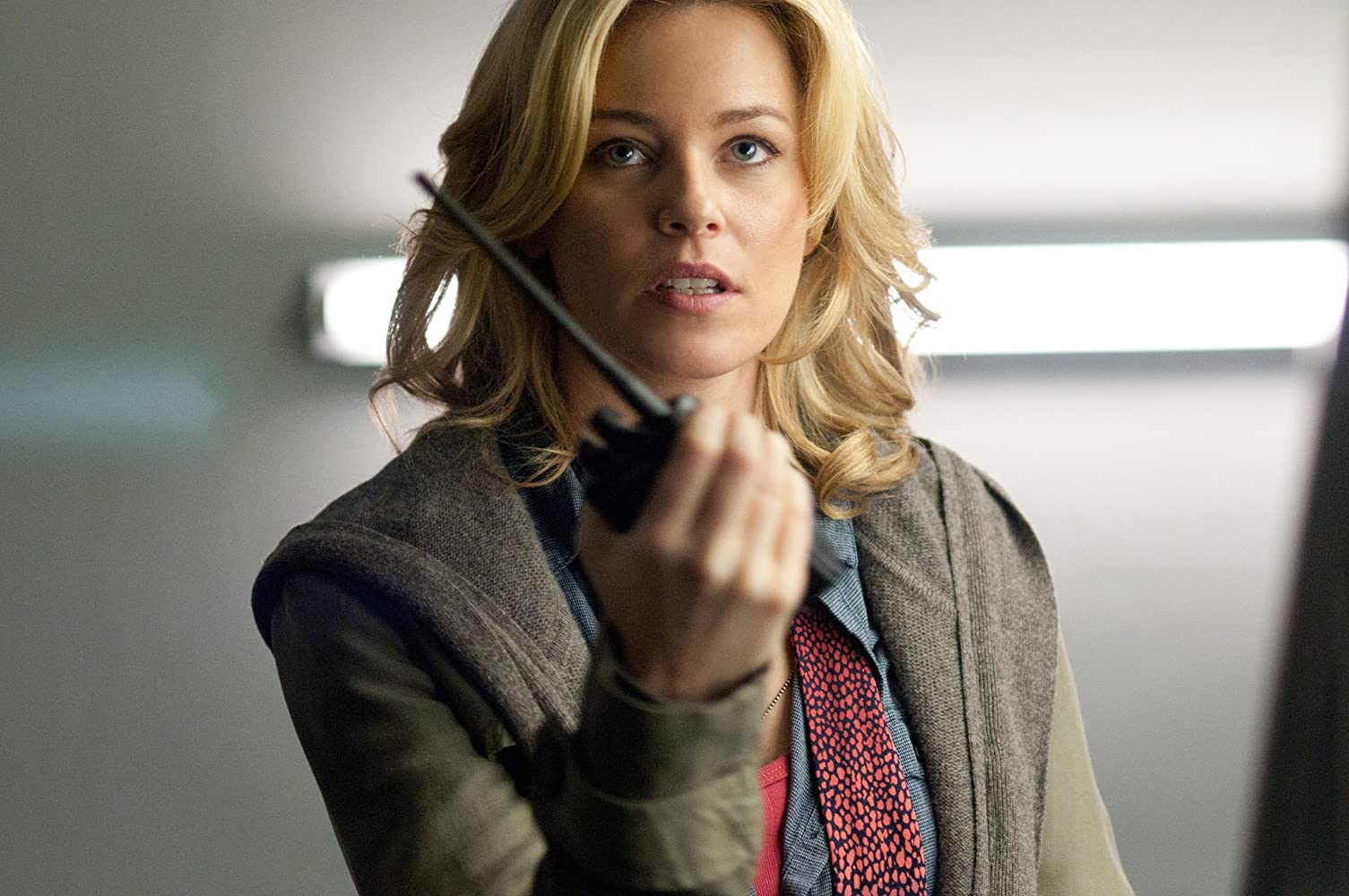 Elizabeth Banks in Man on a Ledge (2012)
