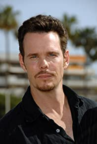 Primary photo for Kevin Dillon