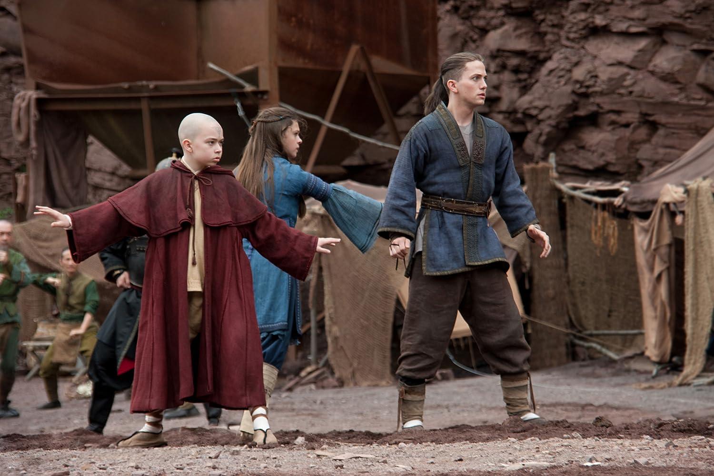 Jackson Rathbone, Nicola Peltz, dan Noah Ringer dalam The Last Airbender (2010)