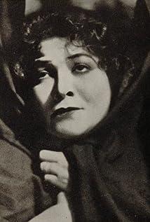Vera Gordon Picture
