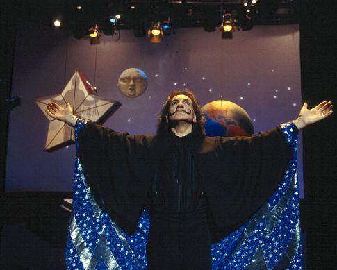 Ben Kingsley in Spooky House (2002)