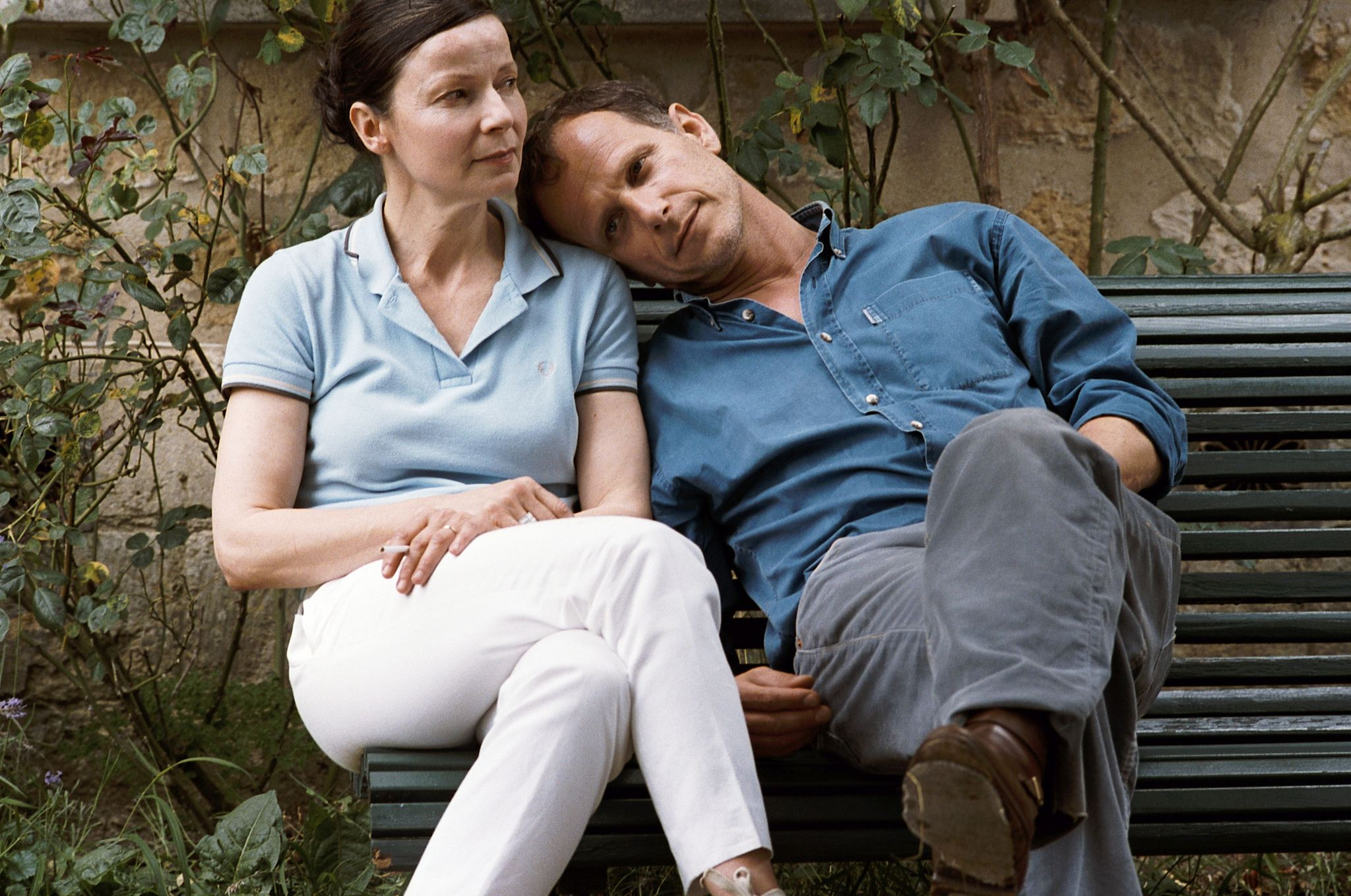 Charles Berling and Dominique Reymond in L'heure d'été (2008)