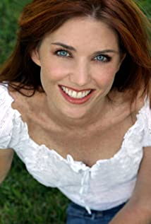 Tara McNamara Picture