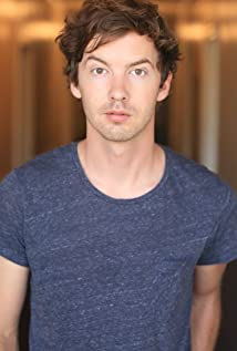 Erik Stocklin Picture