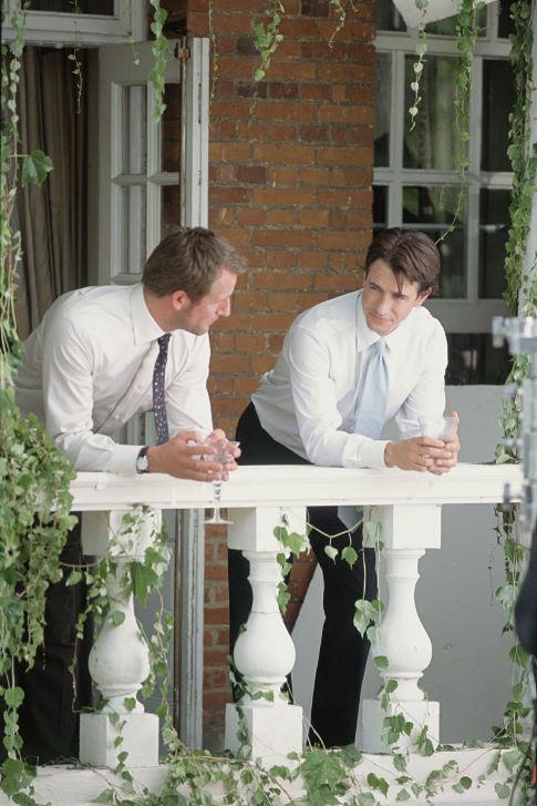 Dermot Mulroney and Jeremy Sheffield in The Wedding Date (2005)
