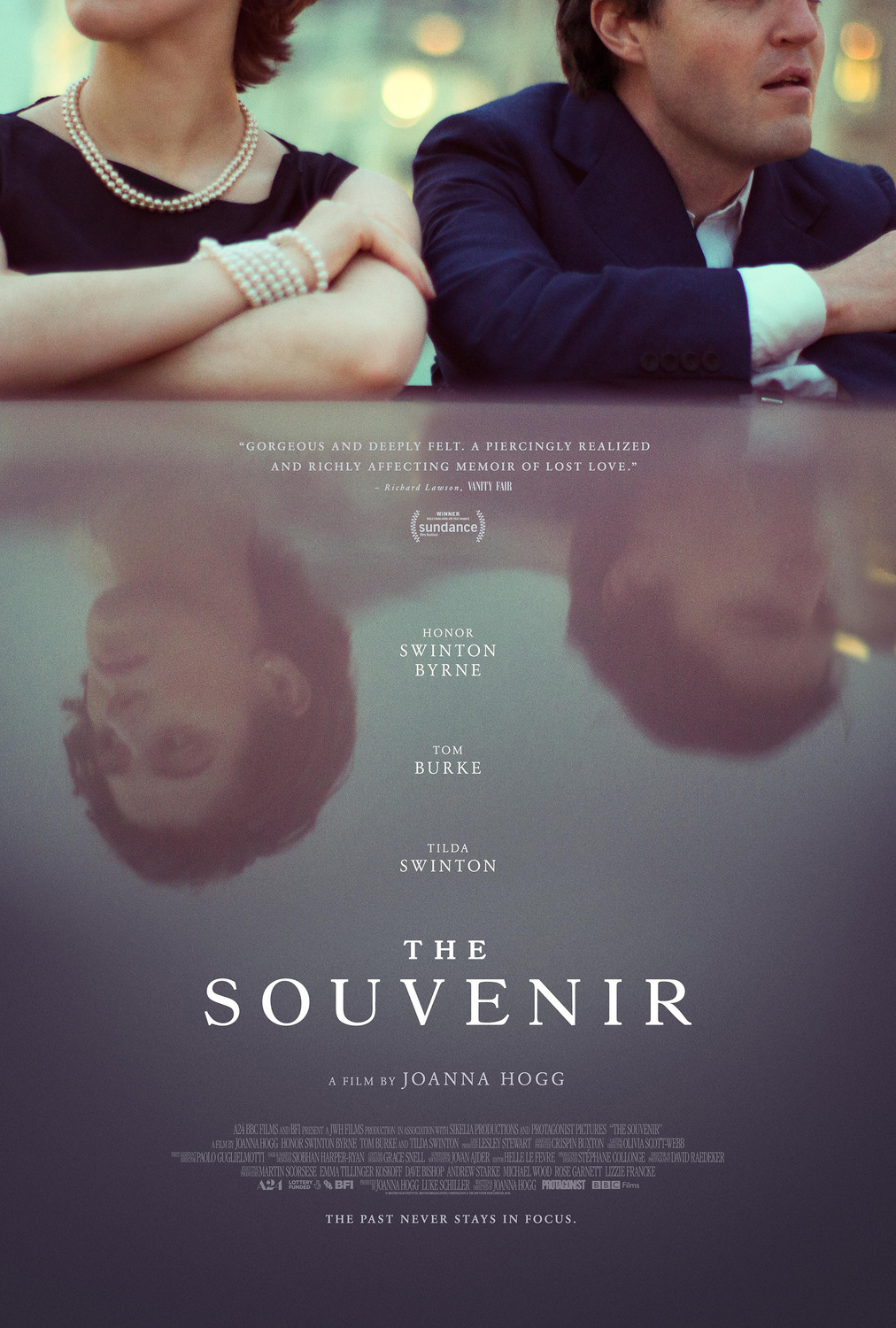 Suvenyras (2019) / The Souvenir