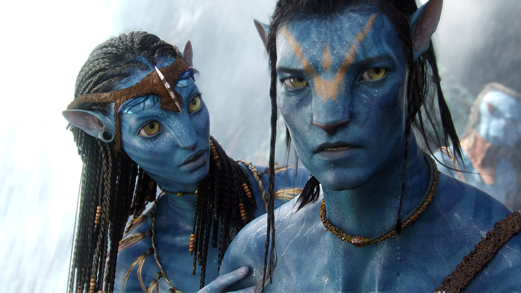 Zoe Saldana and Sam Worthington in Avatar (2009)