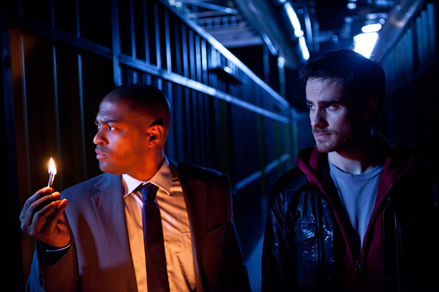 Noel Clarke and Colin O'Donoghue in Storage 24 (2012)