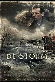 Barry Atsma and Sylvia Hoeks in De storm (2009)
