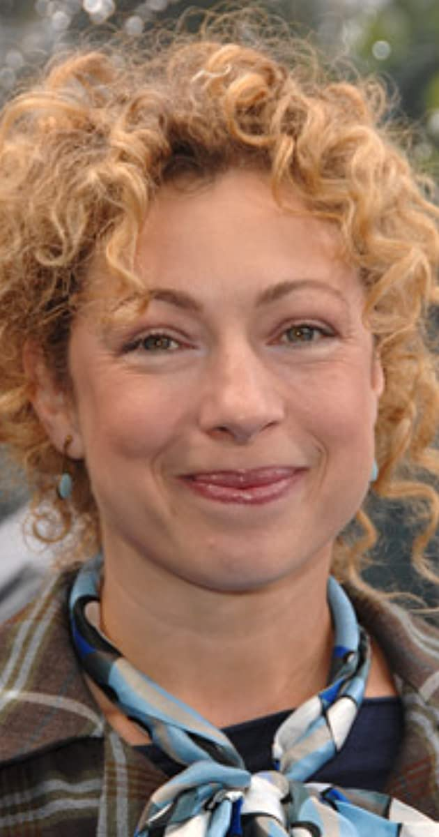 Alex Kingston age