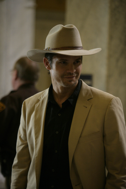 Timothy Olyphant in Justified (2010)