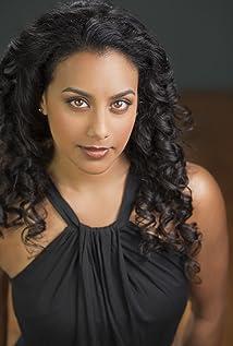 Glenda Braganza Picture