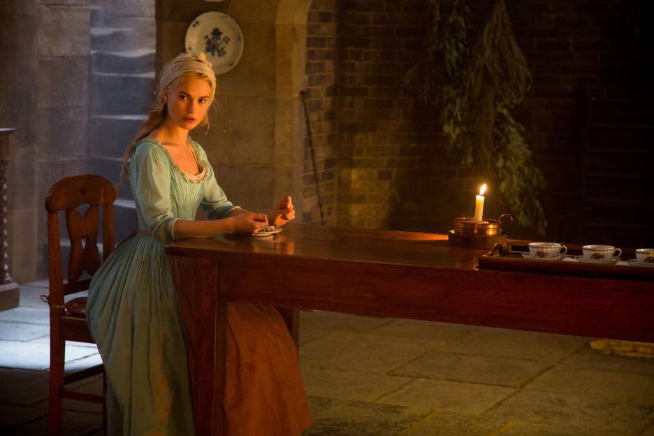Cinderella (2015) - Photo Gallery - IMDb