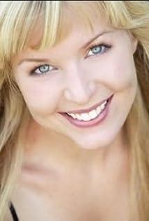 Julie Lund Picture