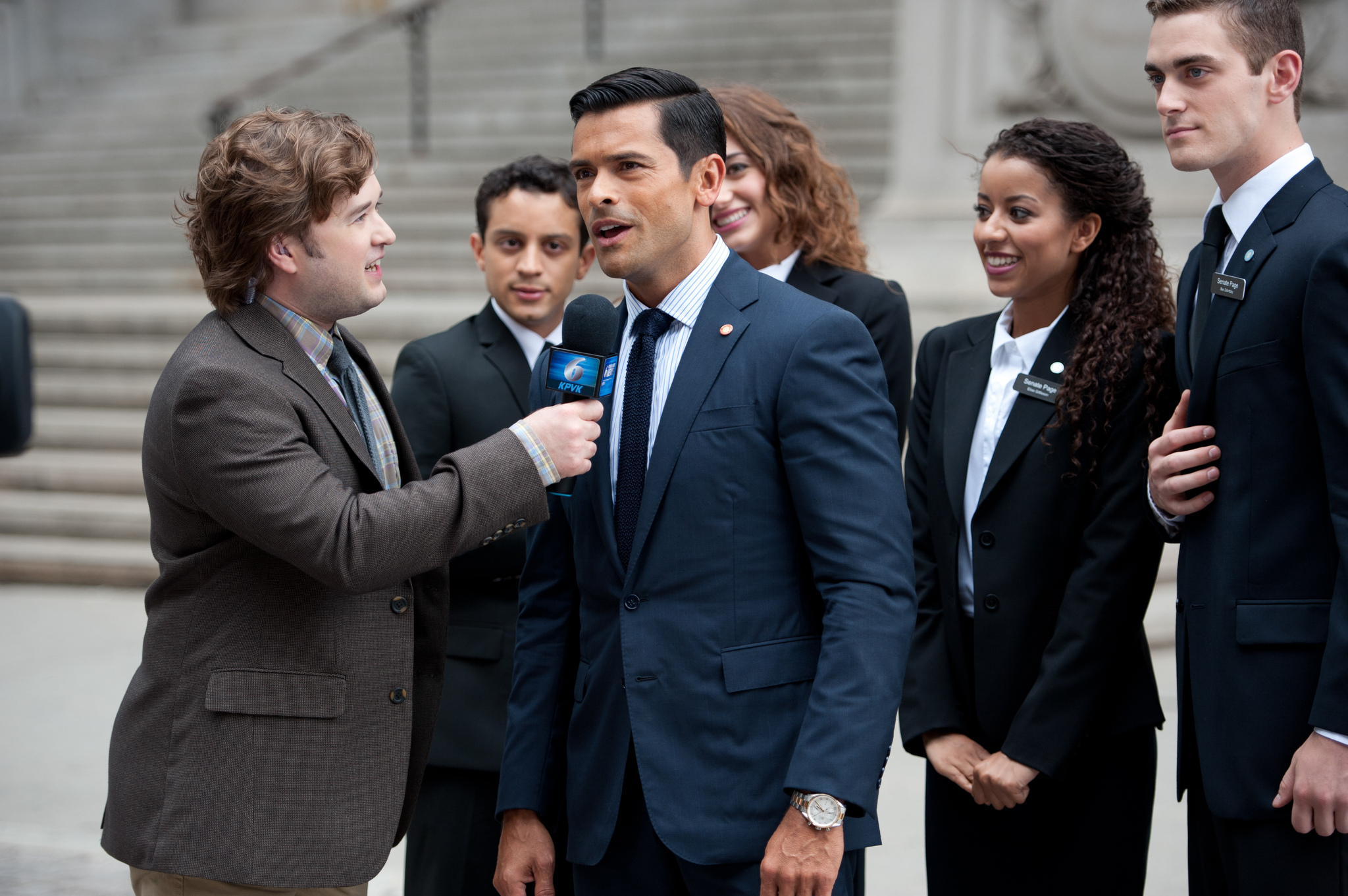 Haley Joel Osment and Mark Consuelos in Alpha House (2013)