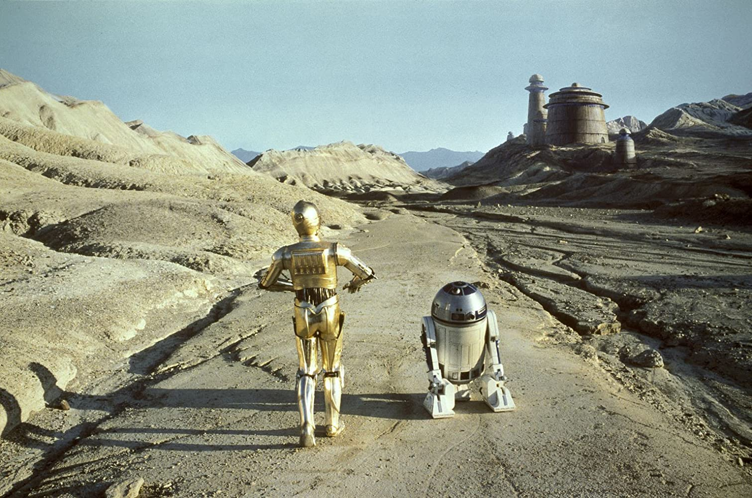Anthony Daniels and Kenny Baker in Star Wars: Episode VI - Return of the Jedi (1983)