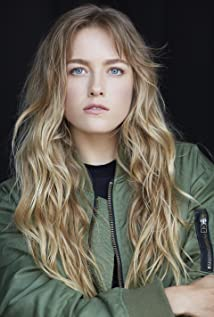 Madison Lawlor Picture