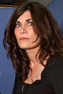 Phoebe Gloeckner Picture
