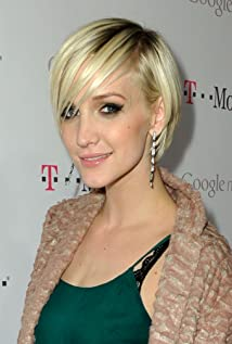 Ashlee Simpson Picture