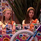 Isabella Astor and Maryah Gabrielle Cohen in iCarly (2007)