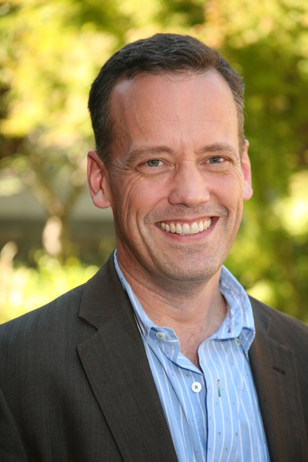 The 58-year old son of father (?) and mother(?) Dee Bradley Baker in 2021 photo. Dee Bradley Baker earned a  million dollar salary - leaving the net worth at  million in 2021