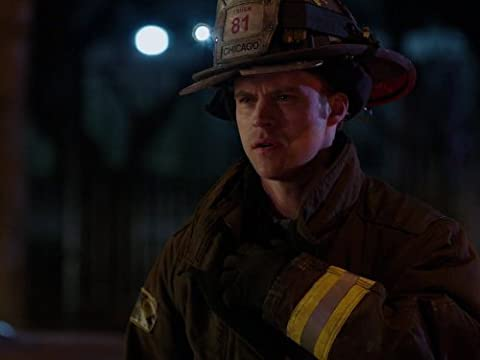 Chicago Fire 2×19 – Un peso pesado