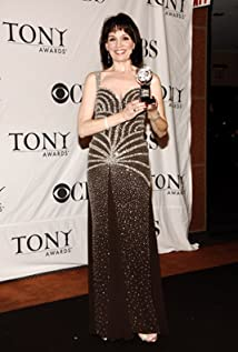 Beth Leavel Picture